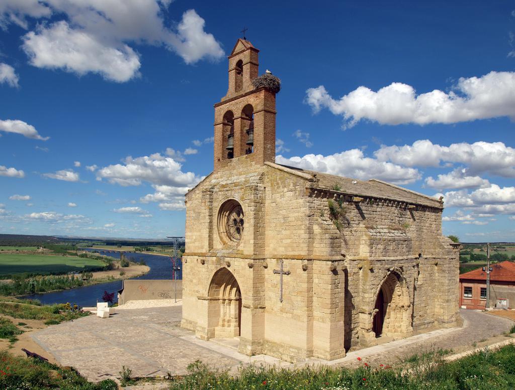 Fotos de alto de la reserva valladolid castronu o clubrural - Casa rural la reserva ...
