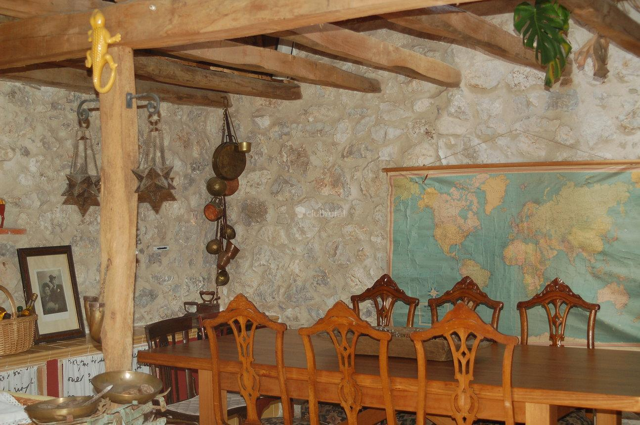Fotos de la moderna valladolid la parrilla clubrural for Casa rural moderna