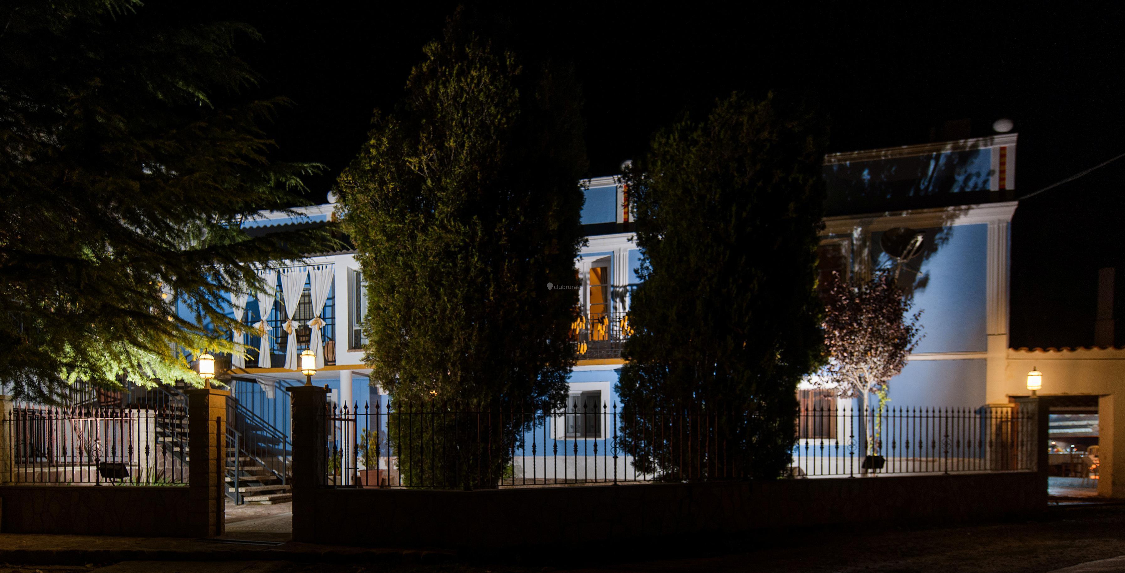 Fotos de casa valle del piedra zaragoza llumes clubrural - Casas montornes del valles ...